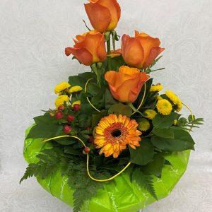 Blumenstrauß gestaffelt in gelb und orange