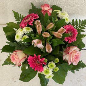Blumenstrauß in rosa und weiß